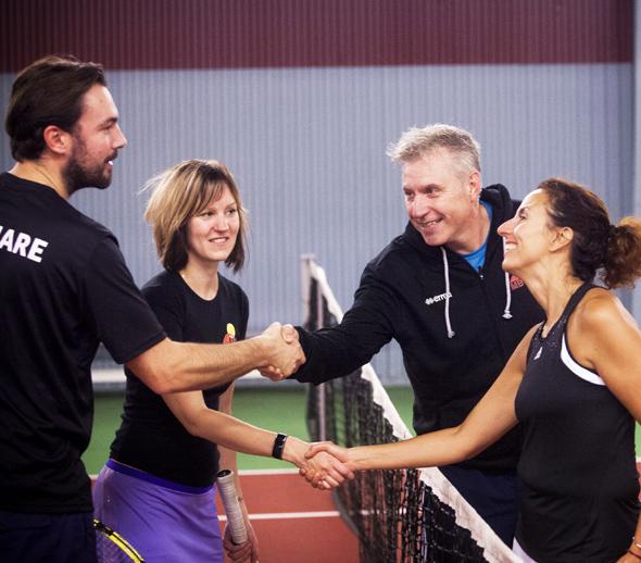 Handshake_tennis